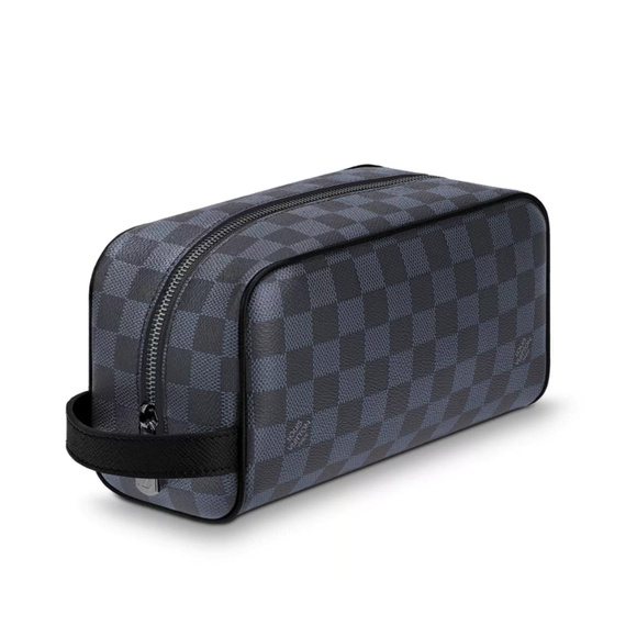 df60b8a2bfb Louis Vuitton Washbag Damier Leather Cobalt Men NWT